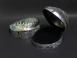 seashell handicrafts, capiz shells, vase, flower vase, home decoration, abalone shells, mother of pearl, home interior, furniture, seashells, Indonesian CraftsMDOTH01W